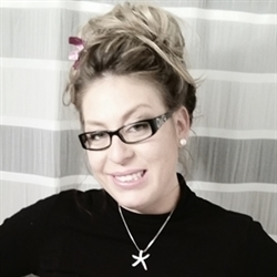 Jennifer Williams - Salon owner / Stylist