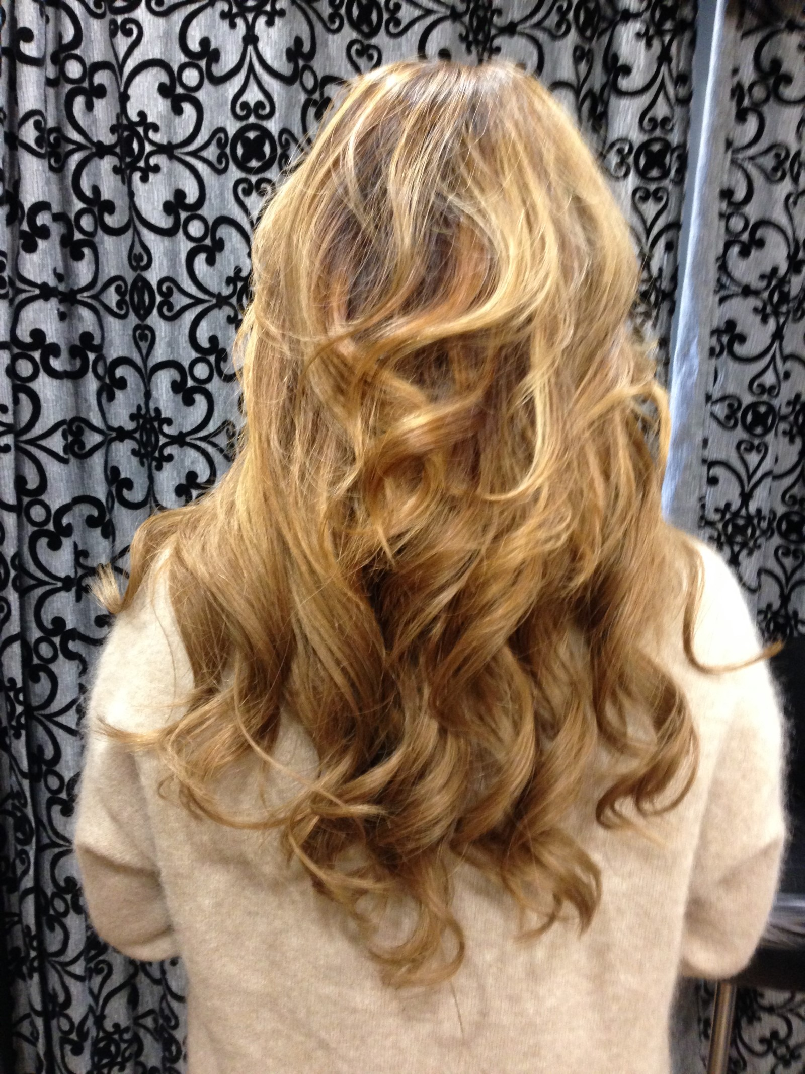 Shannon Elaine Hair Extension Specialist Accredited With