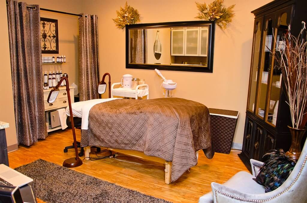 Salon Stations and Salon Suites for rent in Cincinnati, OH ...